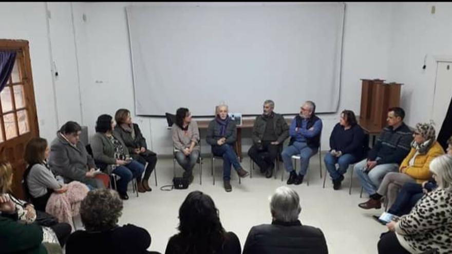 El club de lectura de Argüeru confía en recuperar la actividad antes de finales de año