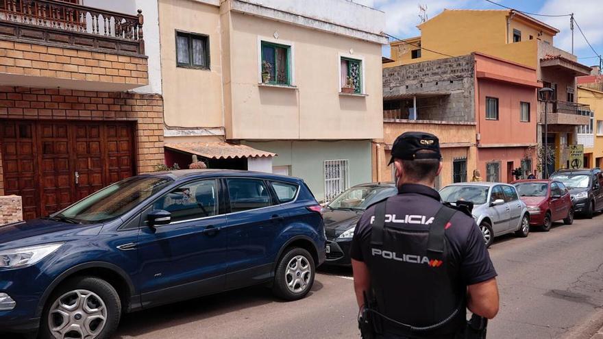Detenido un hombre por matar a puñaladas y golpes a su tía en La Laguna
