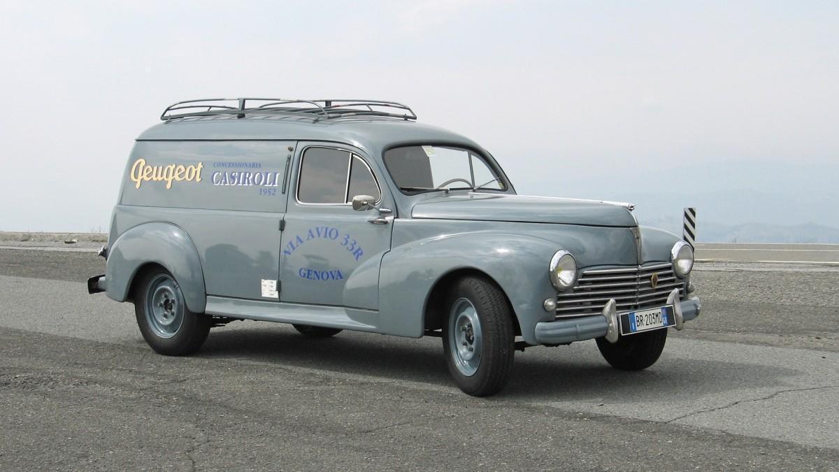La curiosa historia de los vehículos comerciales de Peugeot