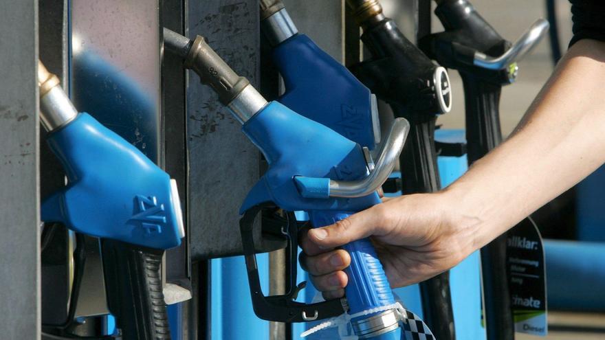 Un conductor olvida a su hija de 7 años en una gasolinera de Casabermeja