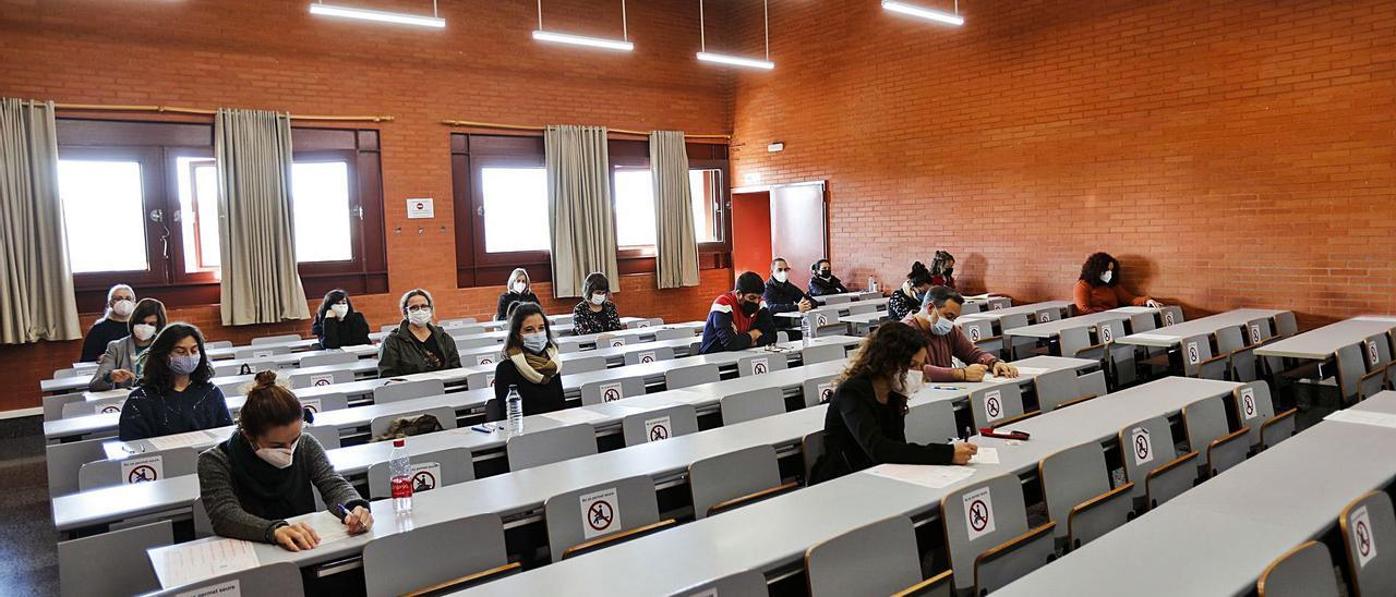 Imagen de archivo de las  últimas oposiciones de la  Generalitat. eduardo ripoll