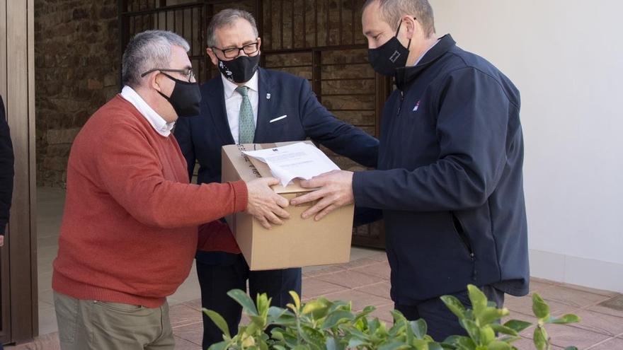 La Diputación reparte 600.000 mascarillas a los ayuntamientos durante la pandemia
