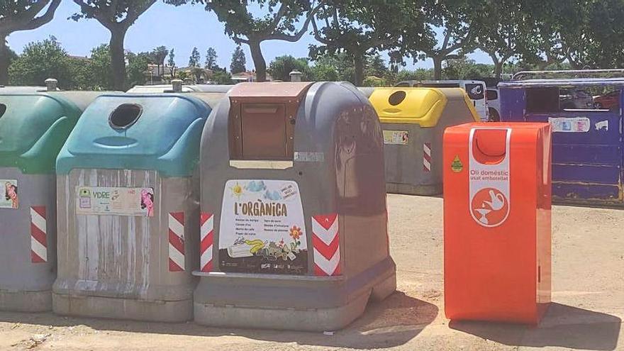 Sant Pere Pescador instal·la un contenidor específic per recollir l'oli vegetal