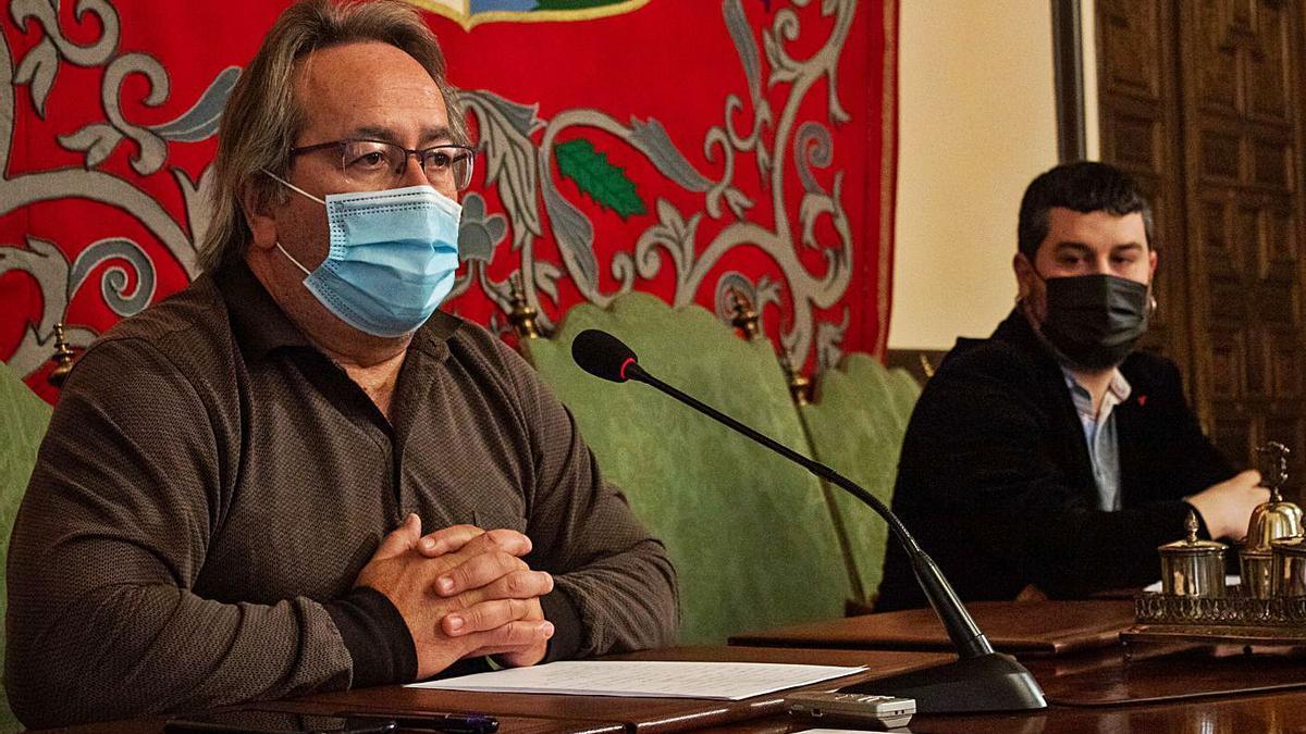 Francisco Guarido y Diego Bernardo durante la presentación de los nuevos Relanza. | Sara Rodríguez