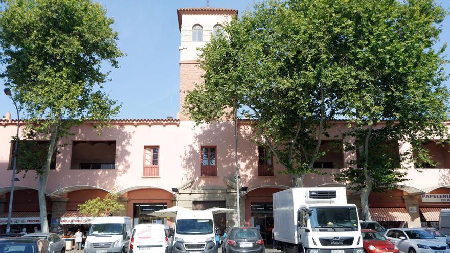 El ayuntamiento asume la gestión del Mercat del Cabanyal