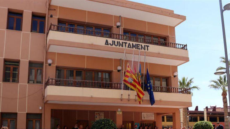 El Ayuntamiento de El Campello cierra el lunes por desinfección por varios casos de covid-19