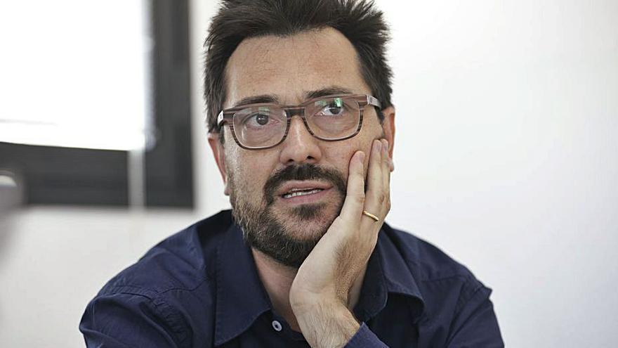 Illescena, muy crítica con el IEB, pide la destitución de su director, Mateu Malondra