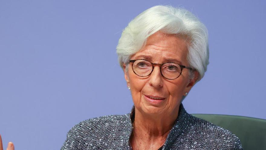 Lagarde cree que las medidas impulsarán 1,3 puntos desde marzo el PIB de la Eurozona