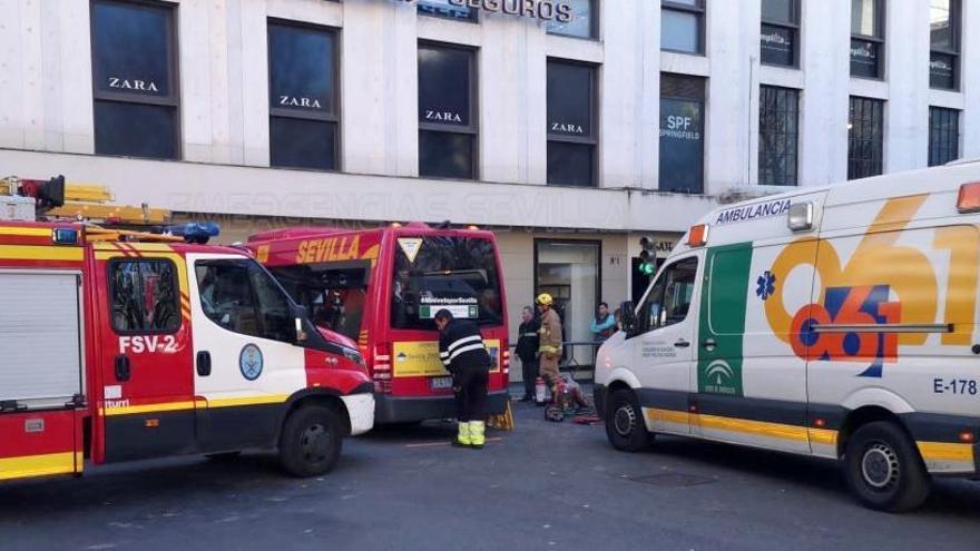 La Policía Local investiga las causas del accidente.