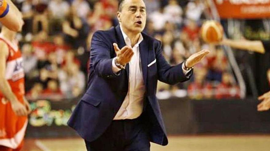 Gustavo Aranzana, al banquillo del FC Cartagena Basket
