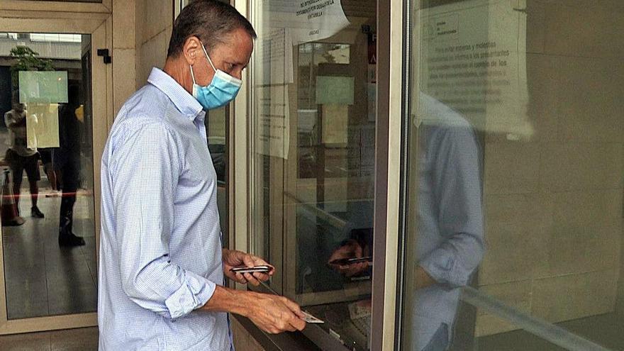 Los paraísos fiscales no salvan a Zaplana de ser investigado en València