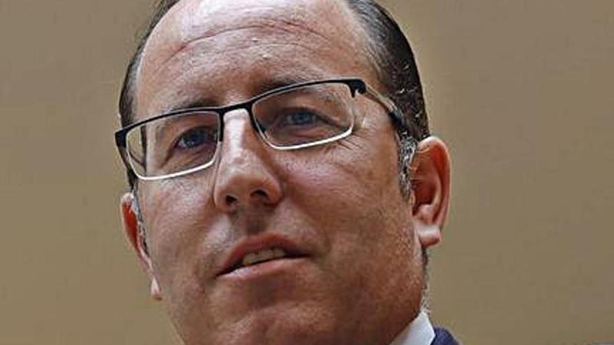 Arias anuncia el refuerzo de la plantilla municipal con 98 contrataciones este año
