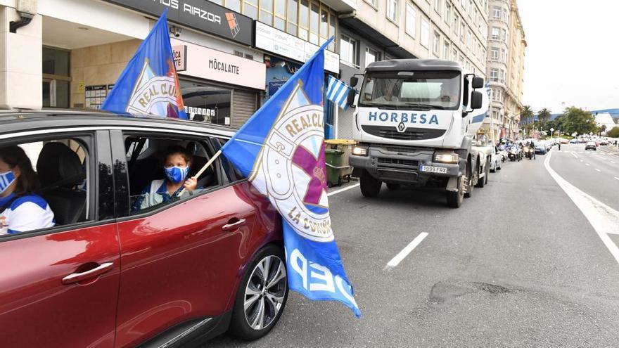 Manifestación motorizada en defensa del Deportivo