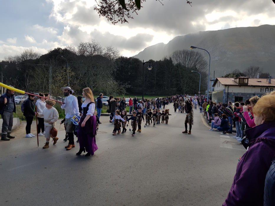 Antroxu del colegio Valdellera de Posada de Llanes