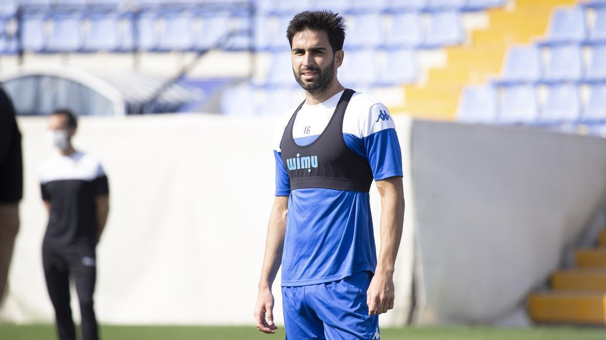 Rodrigo Pastorini, durante el entrenamiento previo al partido de liga frente al Lleida de mañana.