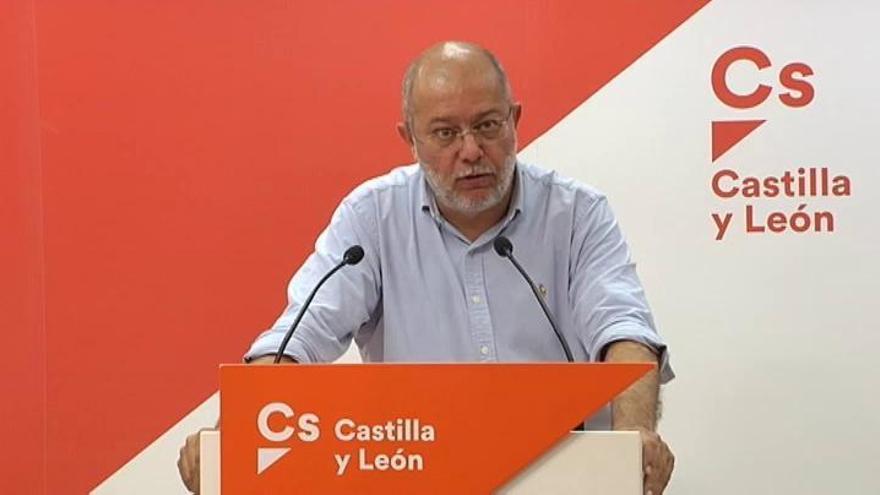 Igea descarta dejar Cs, pero pide una oferta a Sánchez