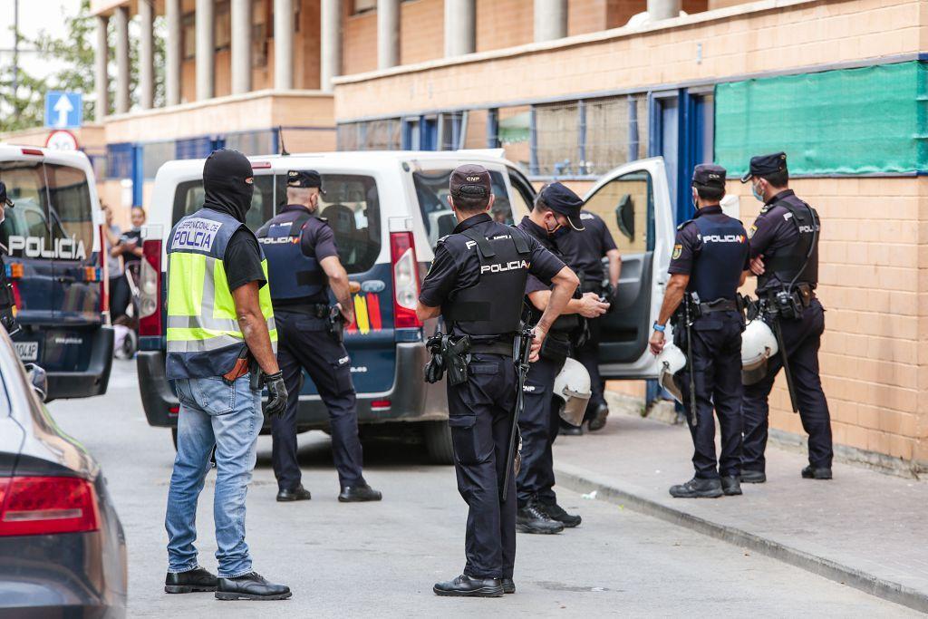 Intervención policial. Menudeo, gallos y tortugas en Ministriles, Lorca-3616.jpg