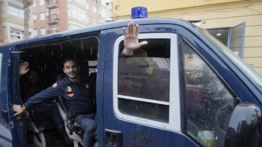 Interior despliega los antidisturbios en Cataluña
