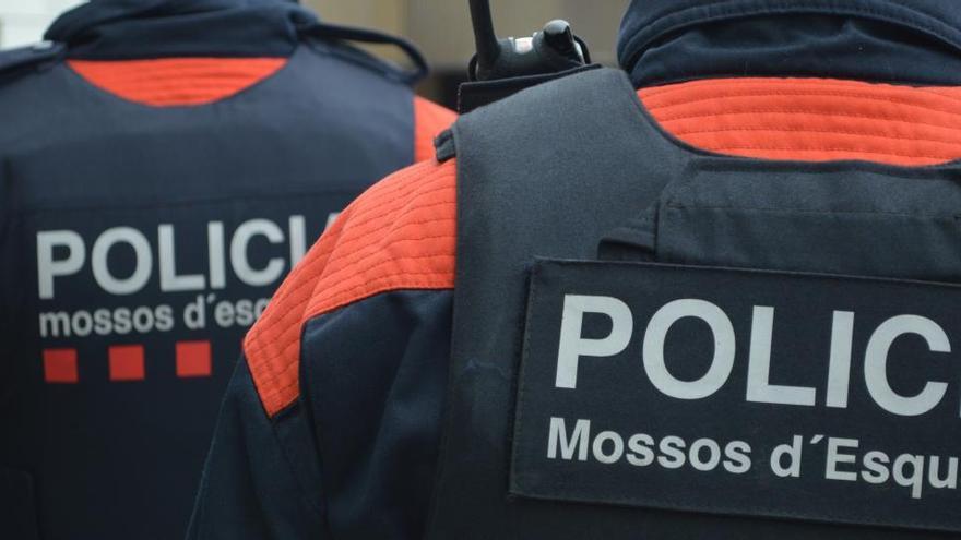 Detenido un conductor por circular a 211 kilómetros por hora en Tarragona