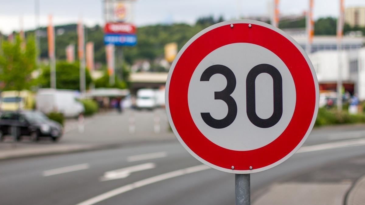 Los nuevos límites de velocidad de 20 y 30 km/h en ciudad entrarán en vigor el 11 de mayo