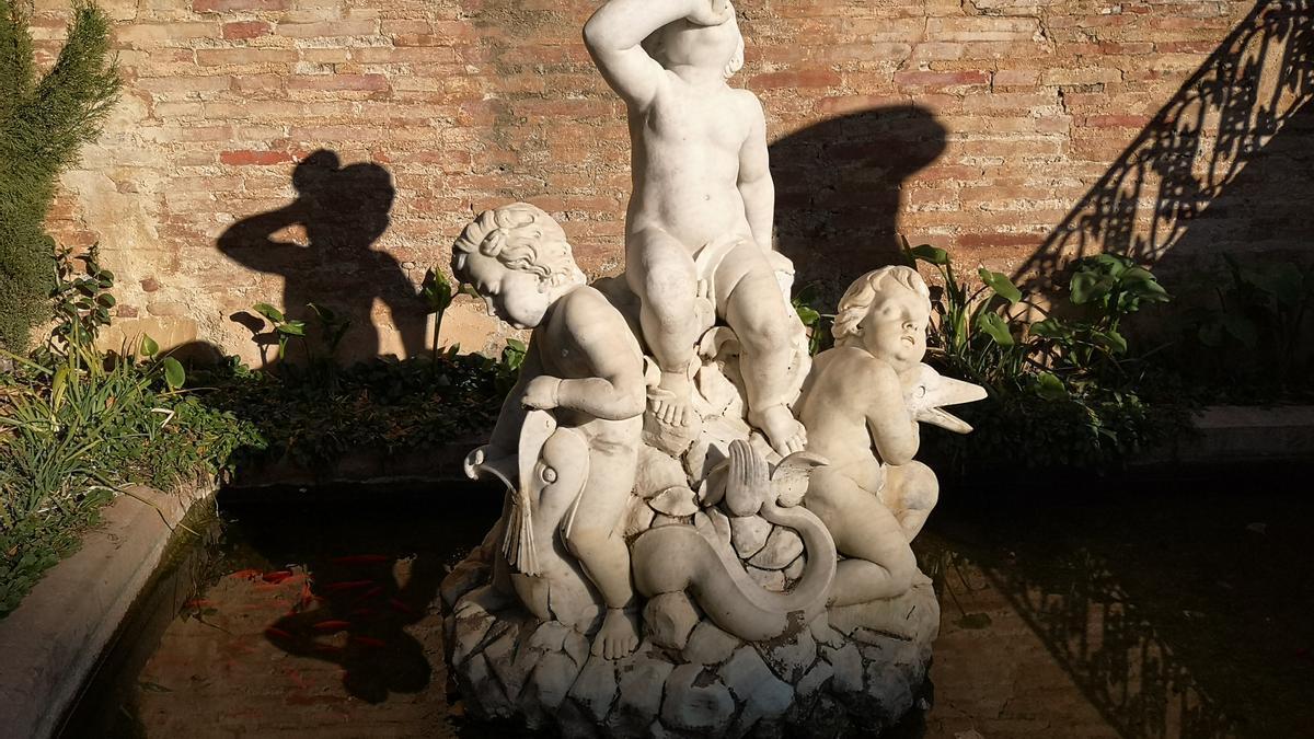La ciutat de València compta amb una gran quantitat d'escultures i estàtues.