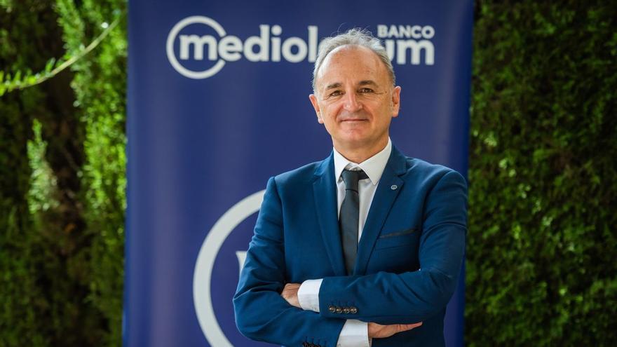 """Juan Carlos Server (Banco Mediolanum): """"Los números apuntan en una línea creciente, pero no serán tan espectaculares"""""""