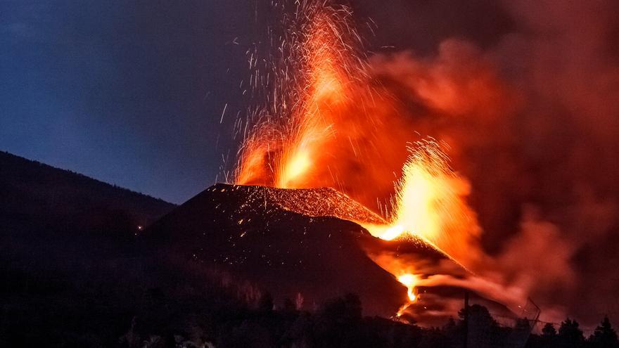 Detectados una treintena de terremotos desde la medianoche en La Palma