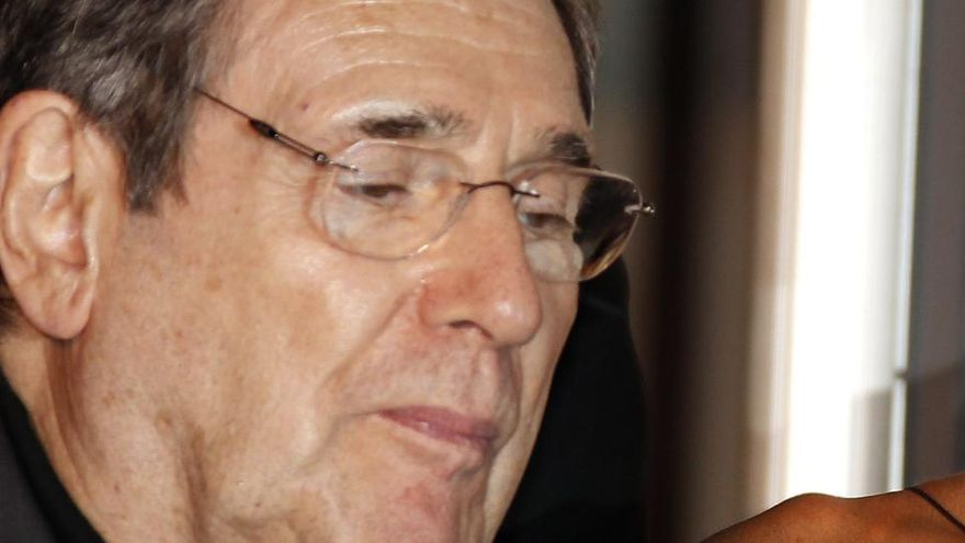 Muere el actor francés Robert Hossein