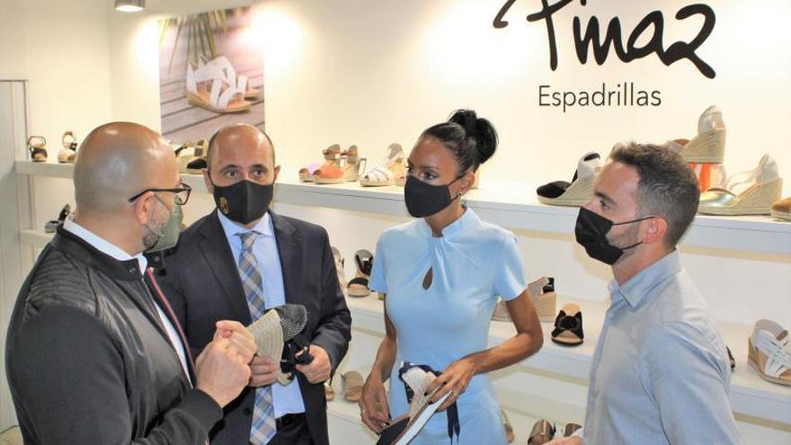 Empresa lleva a la feria de Milán su plan para el despegue del calzado murciano