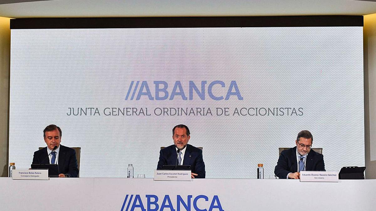 La junta de accionistas de Abanca, representada por casi el 92% del capital social.     // L.O.