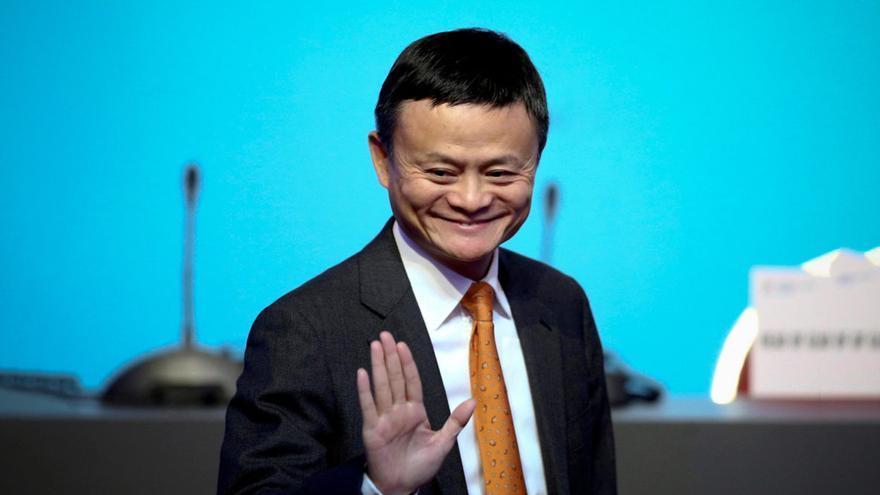 Superyacht von Jack Ma liegt vor der Playa de Palma. Sucht der Milliardär ein Haus auf Mallorca?
