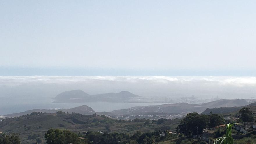 Canarias comienza la semana con nubes al norte y despejado en el resto