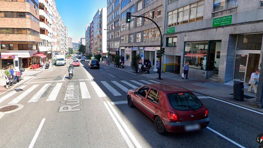 Herido tras chocar con su moto contra un autobús en Vigo