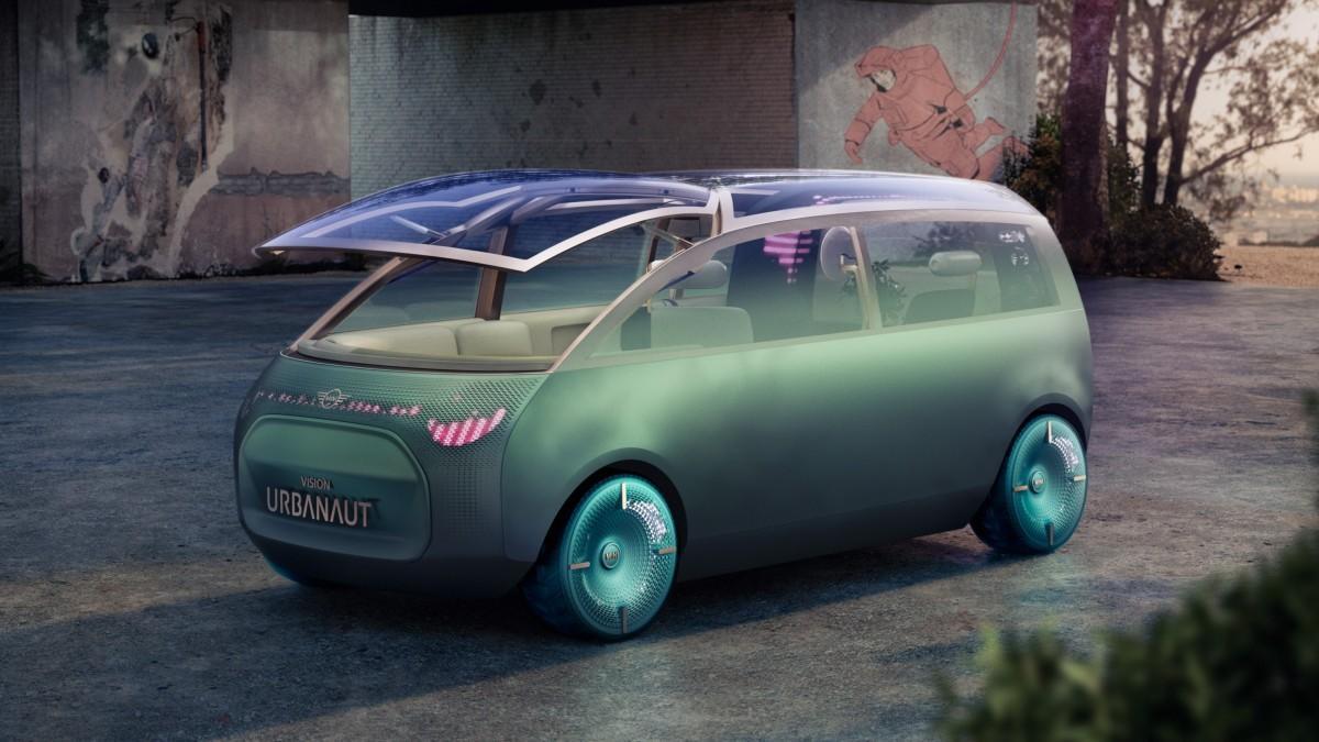 Mini Vision Urbanaut: un monovolumen eléctrico y autónomo que reinventa el espacio