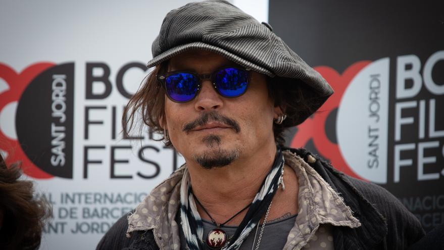 Johnny Depp aterriza en San Sebastián para recibir el Premio Donostia