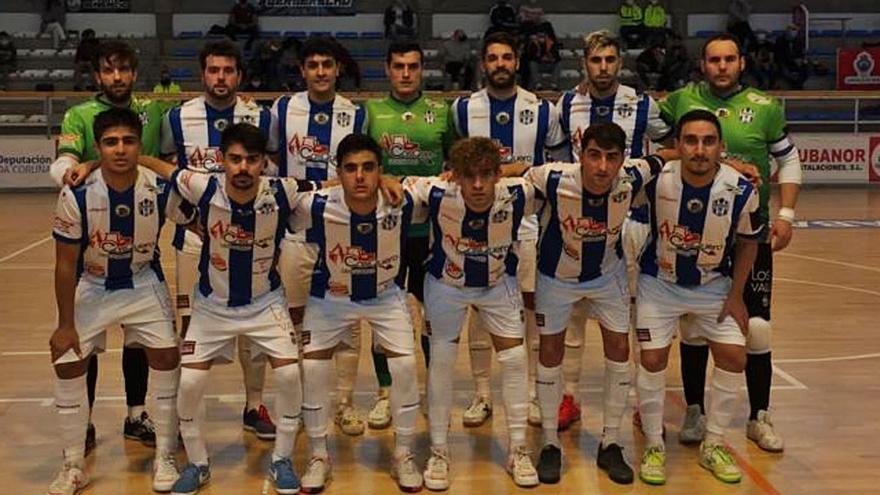 El Atlético Benavente rozó la victoria en casa del líder