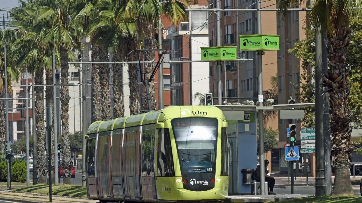 El tranvía de Murcia acabará a las 23.00 horas los viernes, sábados y festivos