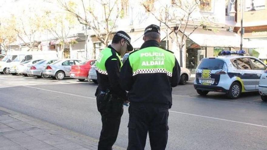 La Policía sorprende a ocho personas en un local de Aldaia