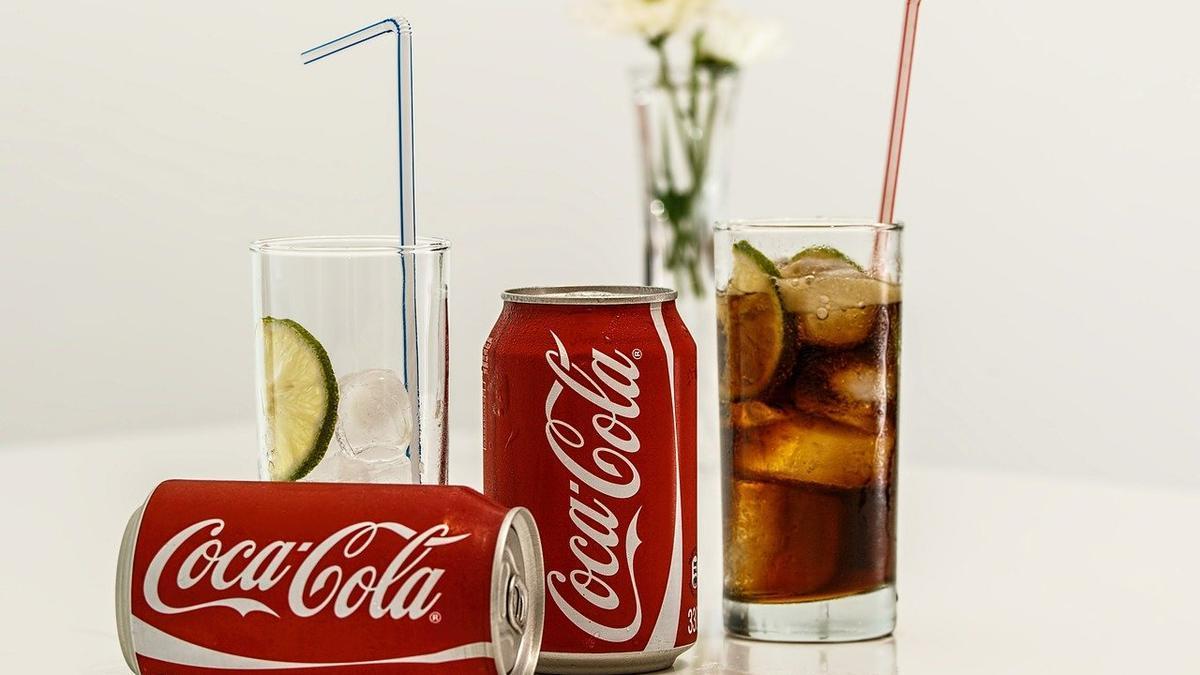 Leyendas urbanas sobre la Coca Cola.