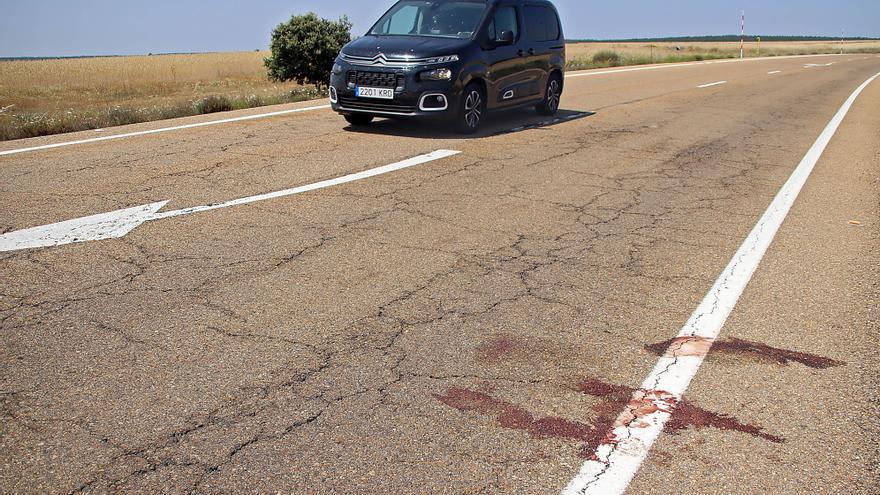 Muere un ciclista de 58 años tras ser atropellado por un turismo en Cuadros (León)