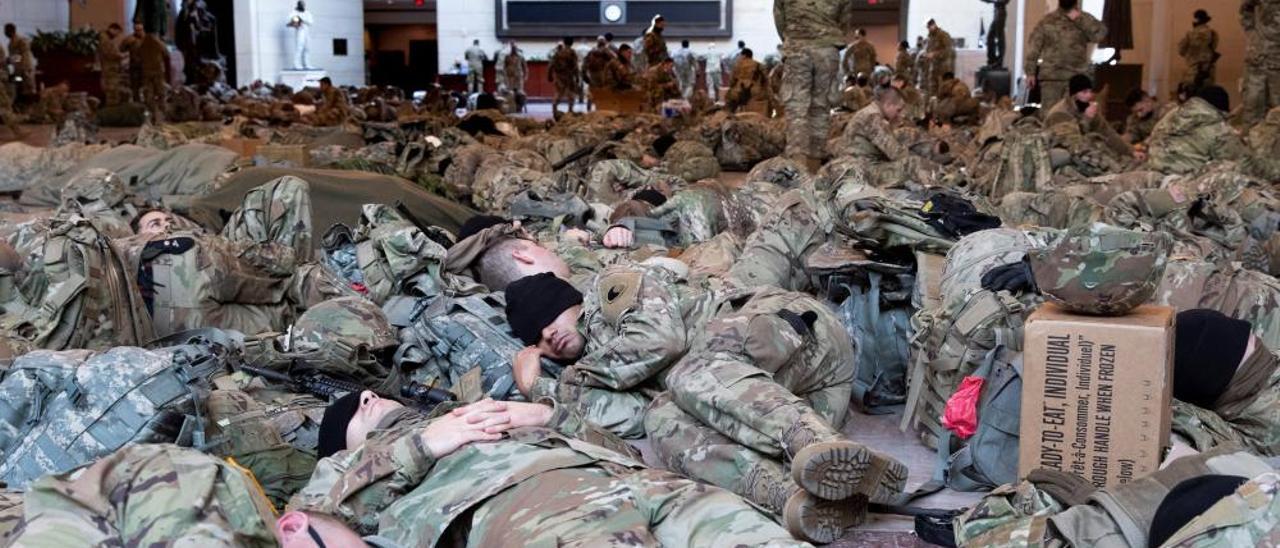 El despliegue de la Guardia Nacional en el Capitolio, en imágenes