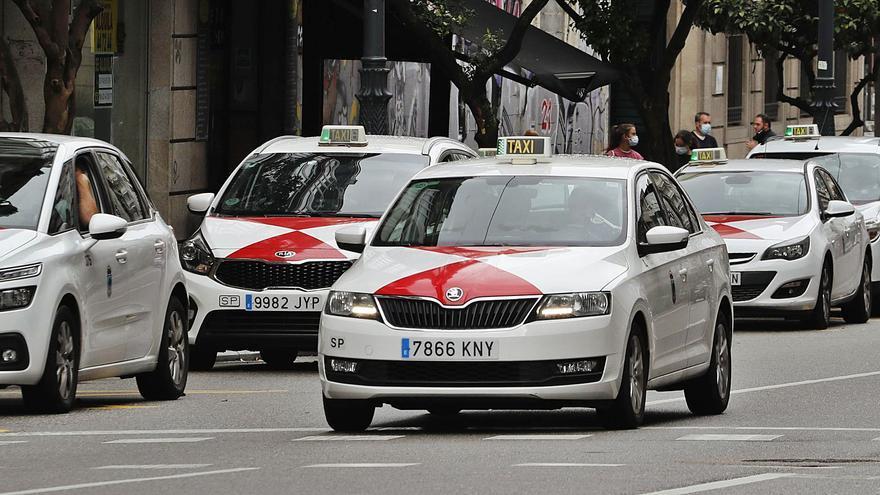 Nuevos tiempos para el taxi: coches en renting y compartidos desde noviembre