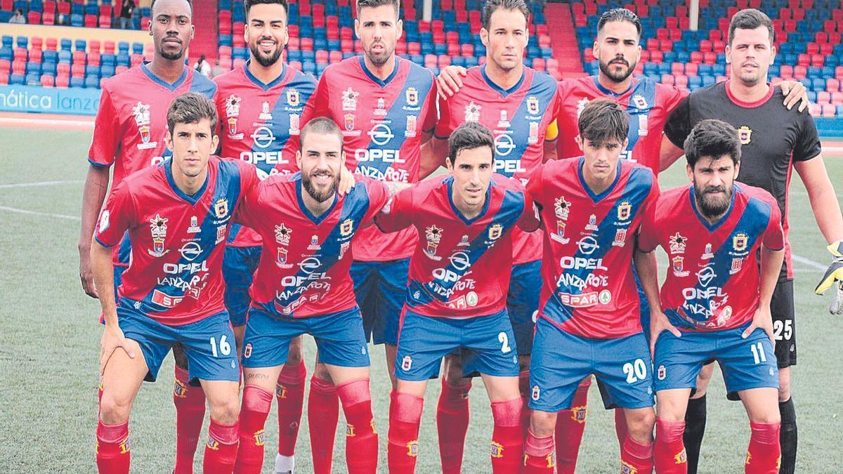 Una formación de la UD Lanzarote en la presente temporada.