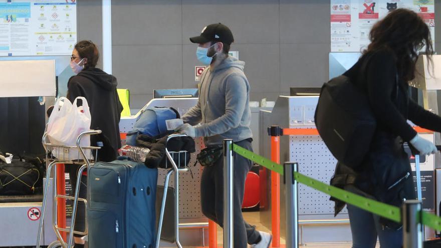 La UE medita cerrar las fronteras interiores para frenar el avance de las nuevas cepas