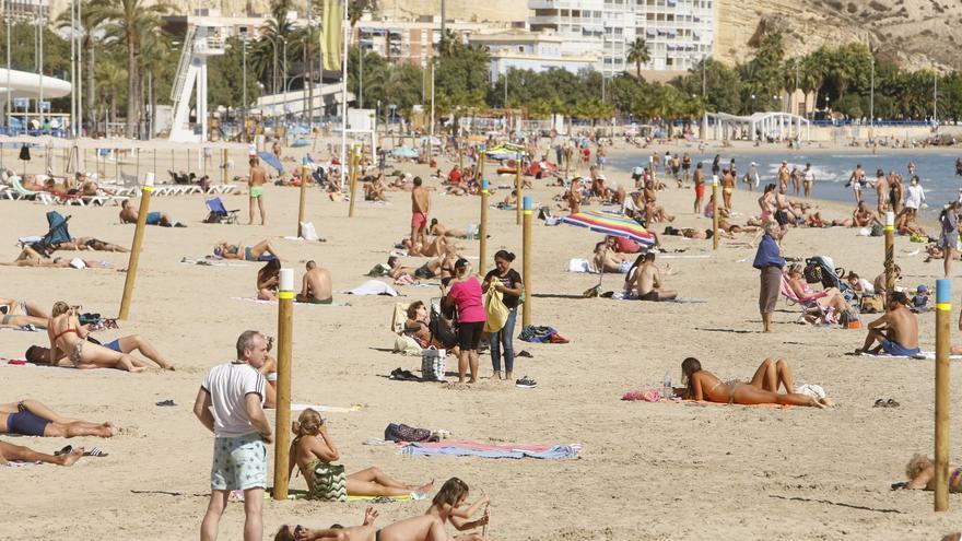 El buen tiempo y el levantamiento del cierre perimetral animan la ocupación turística este fin de semana