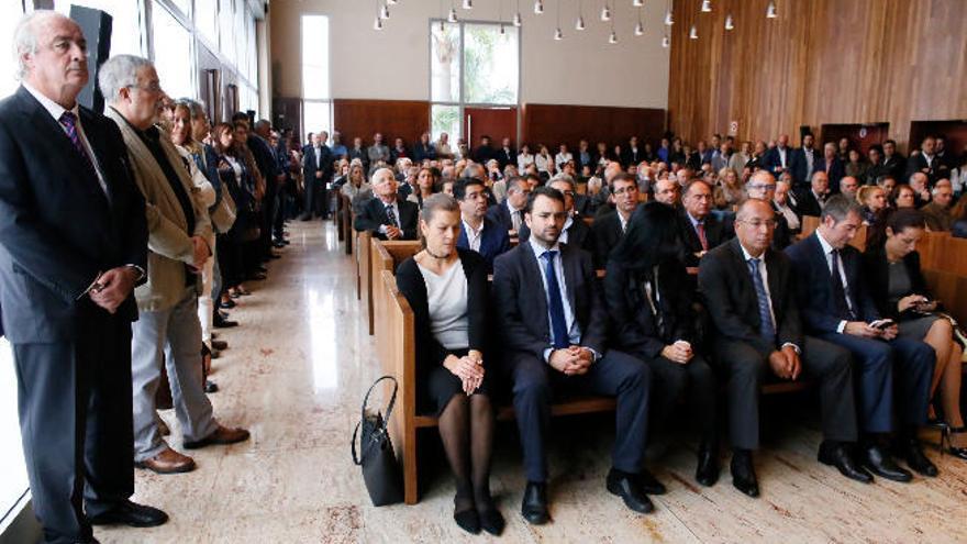 La política canaria se une en el adiós a Juan Carlos Alemán