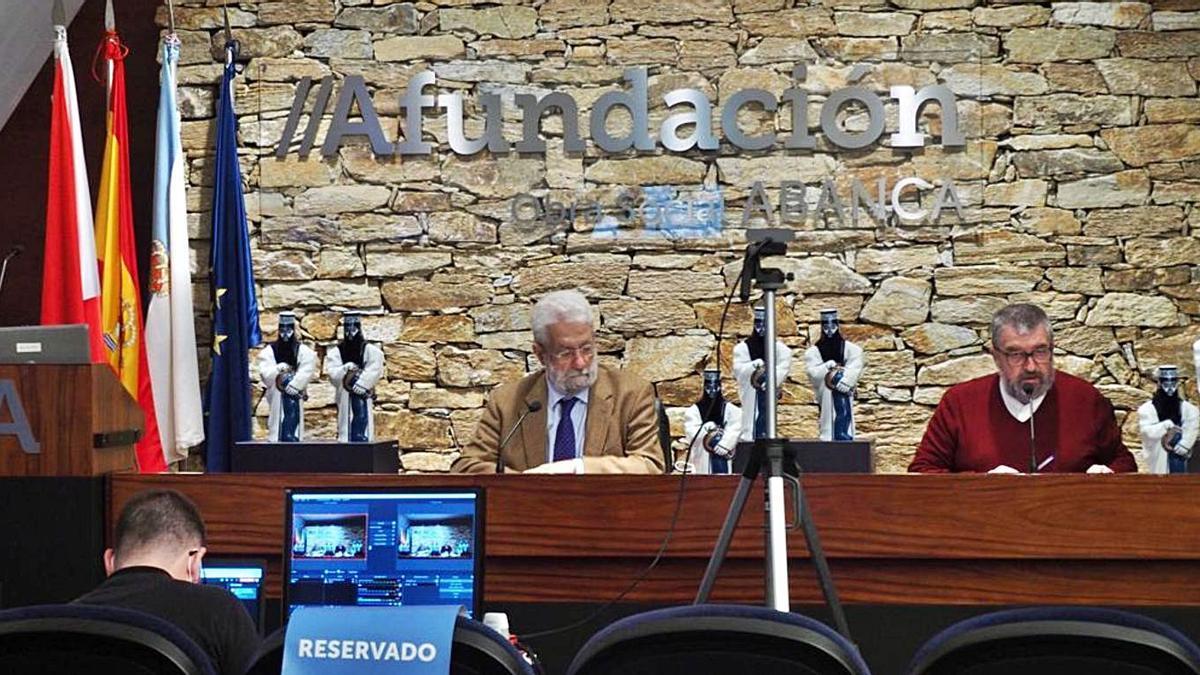 Rolda de prensa de Ledo e Bragado na presentación dos premiados, onte, en Vigo n´A Fundación. |   // P.C.