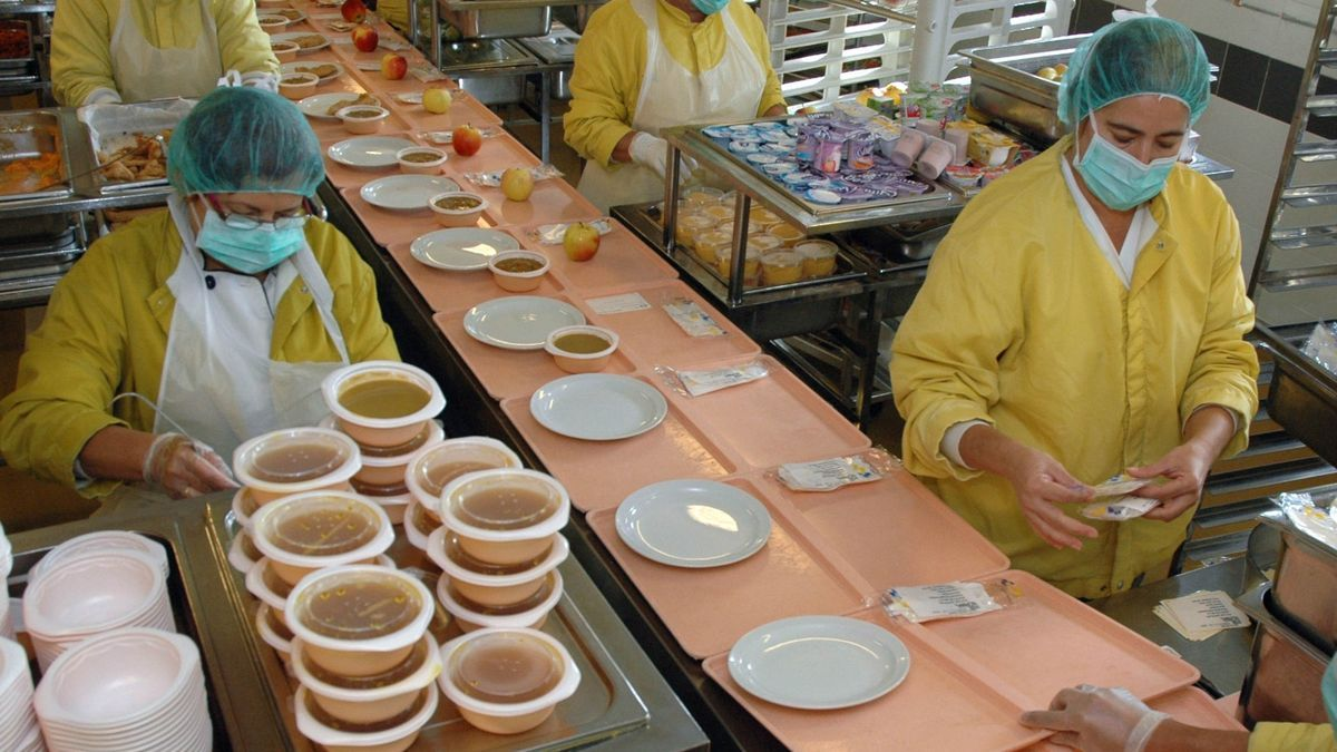 Kitchen of the Insular-Materno Infantil Hospital