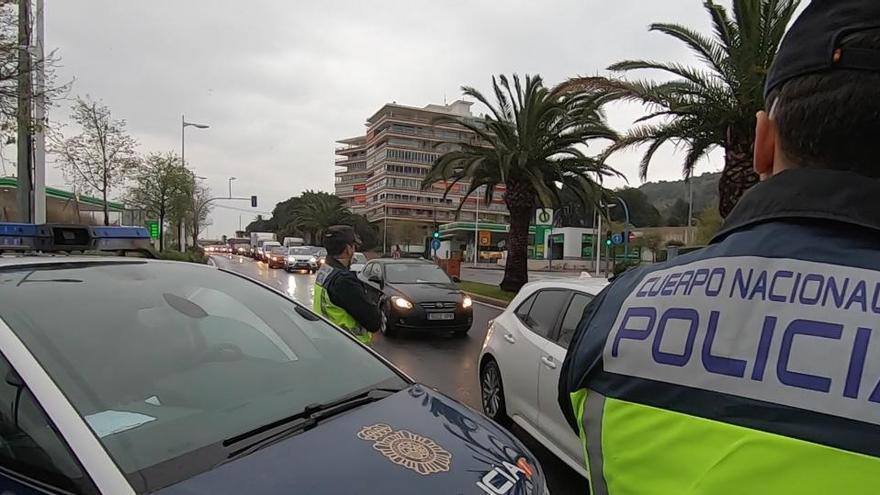 Robaban tarjetas de crédito a personas mayores en Alicante para vaciar sus cuentas