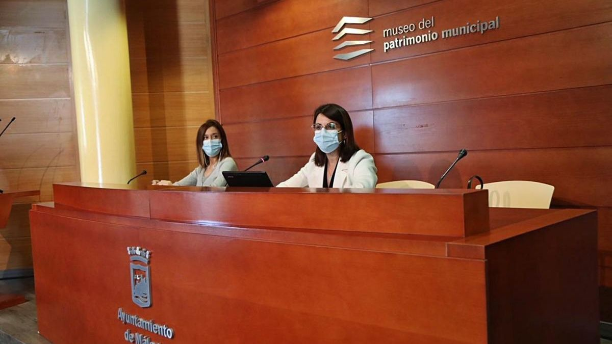 Elisa Pérez de Siles y Susana Carillo, ayer en el Mupam.